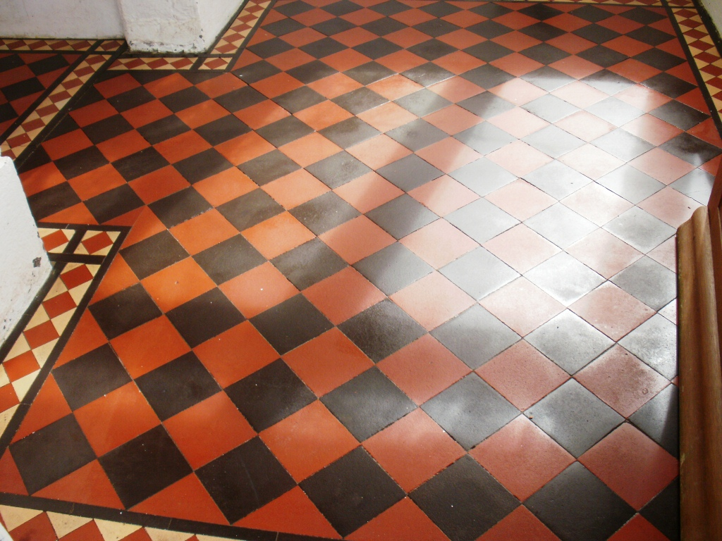 Edwardian Quarry Tiled Porch After Cleaning and Sealing